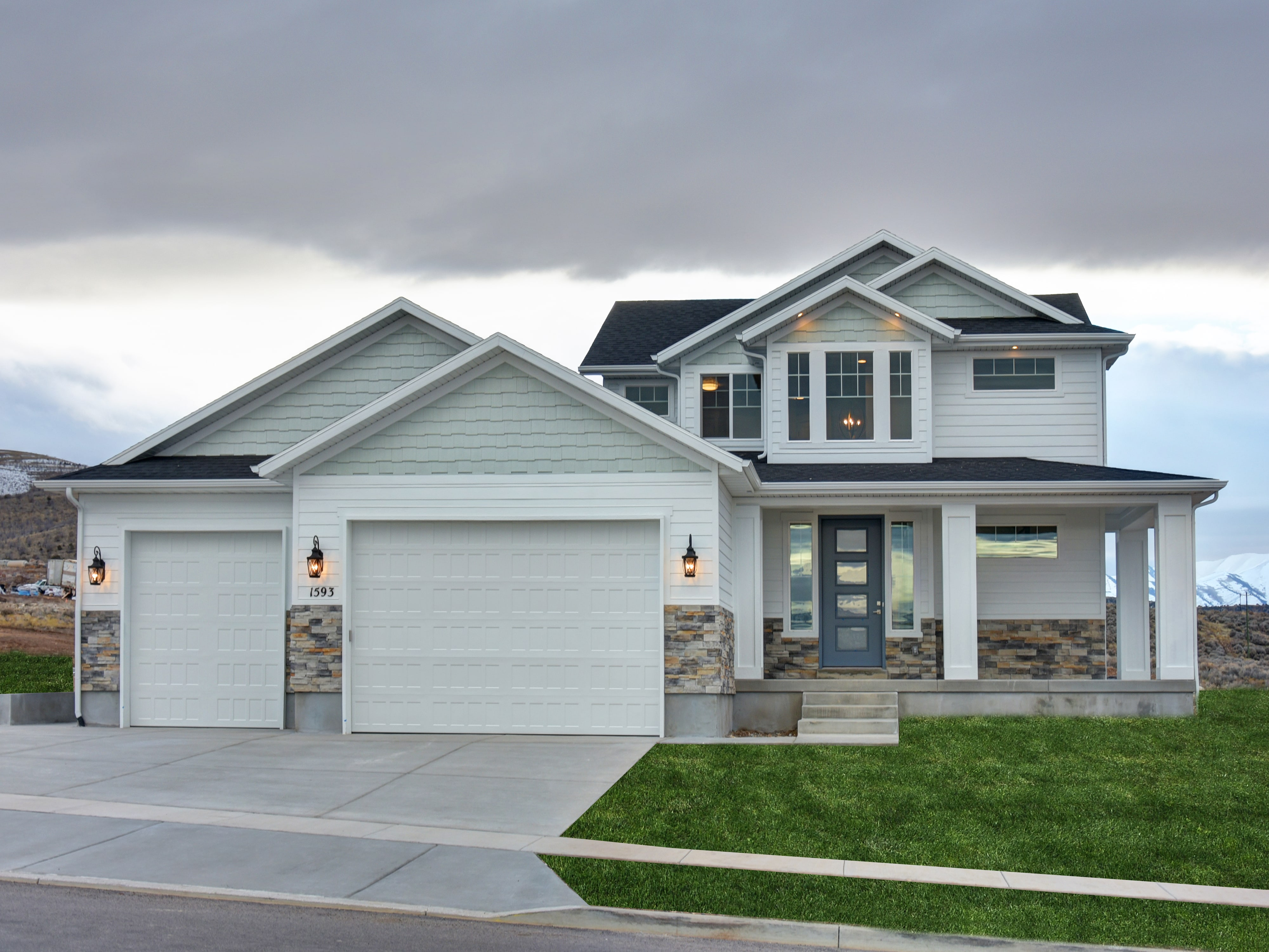 Utah homes for sale by lightyear homes lightyear homes for Modern homes utah for sale