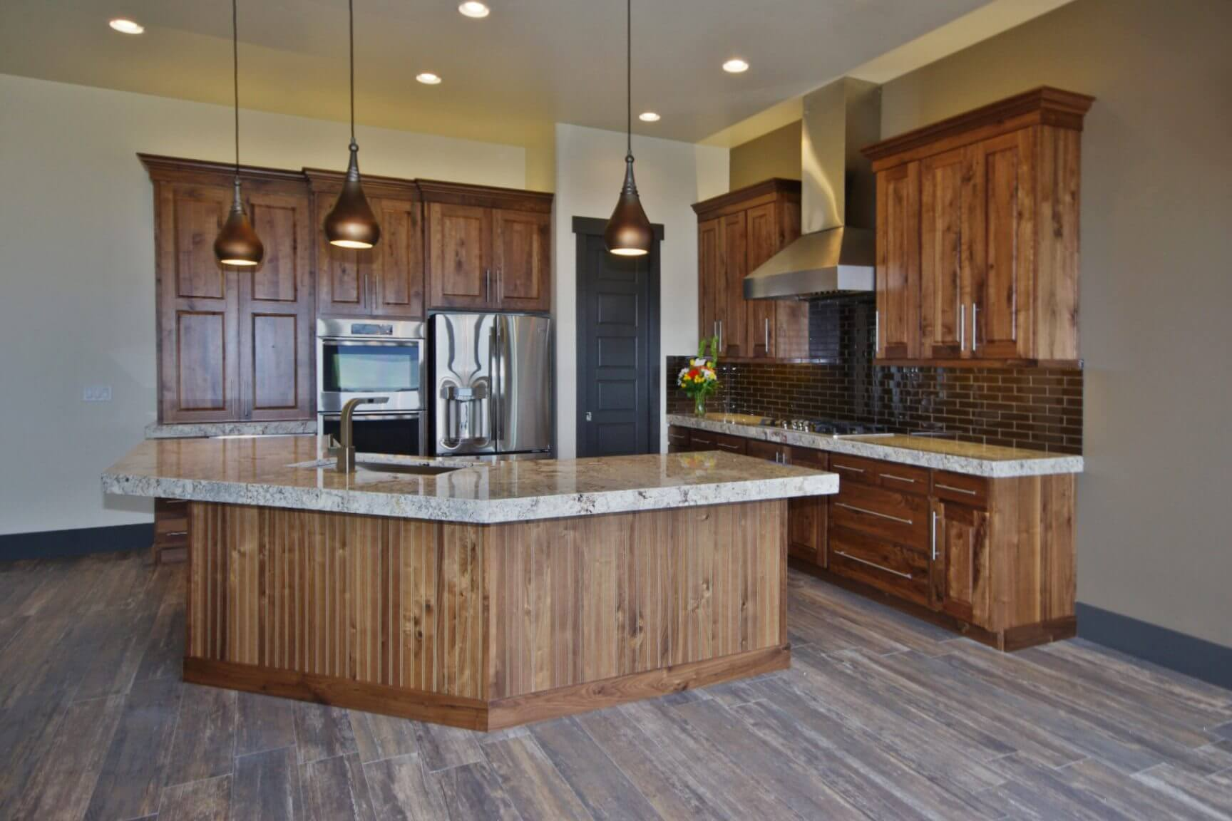 3002_s_fox_pointe_dr_MLS_HID853810_ROOMkitchen1