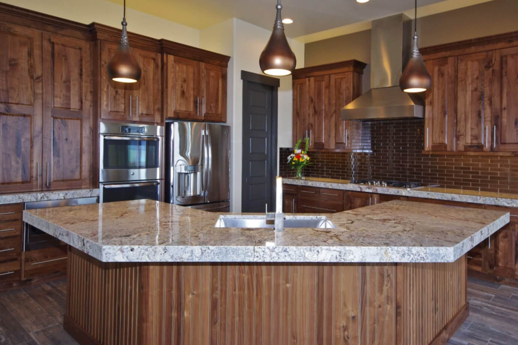 3002_s_fox_pointe_dr_MLS_HID853810_ROOMkitchen3