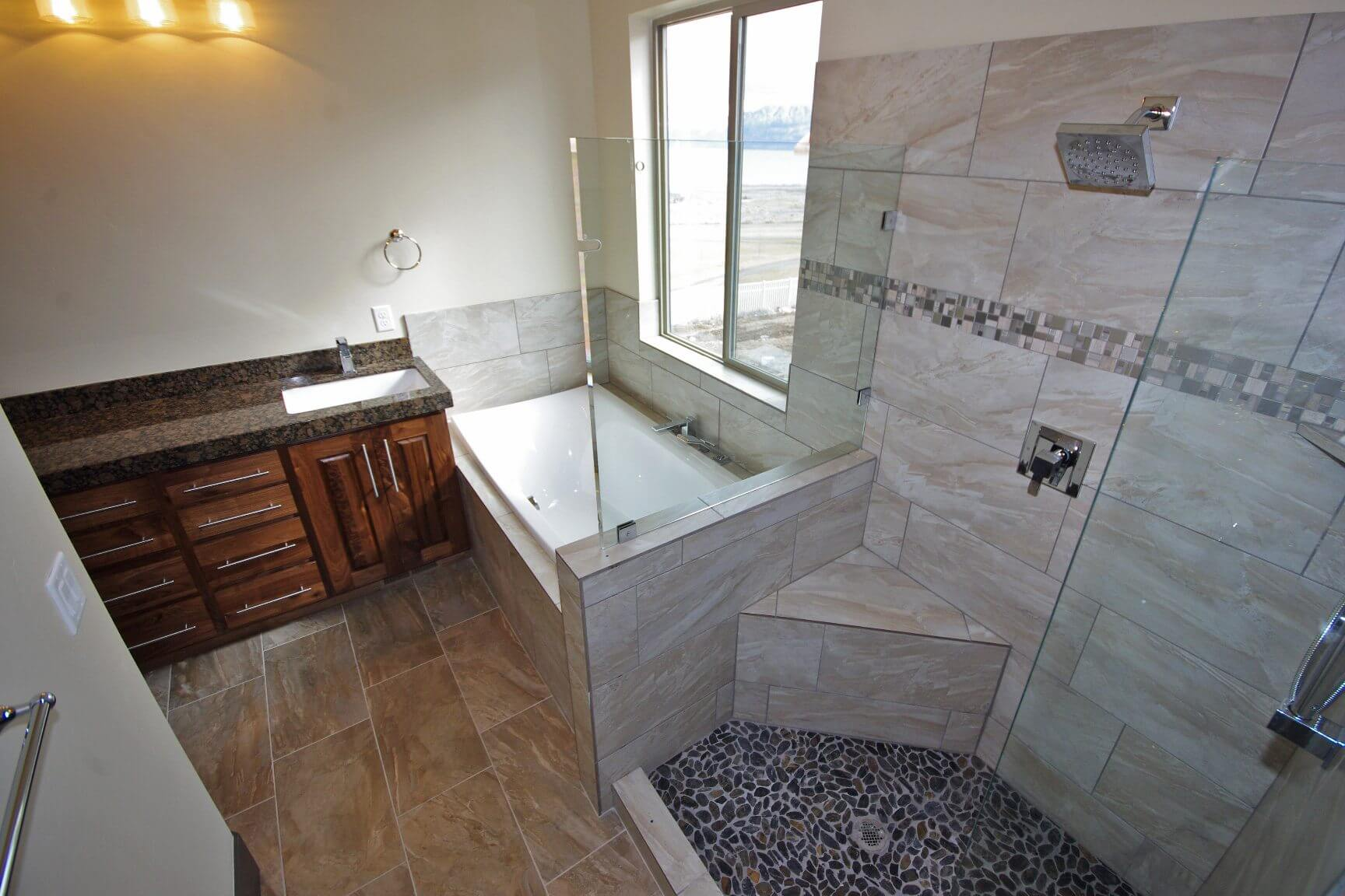 3002_s_fox_pointe_dr_MLS_HID853810_ROOMmasterbathroom
