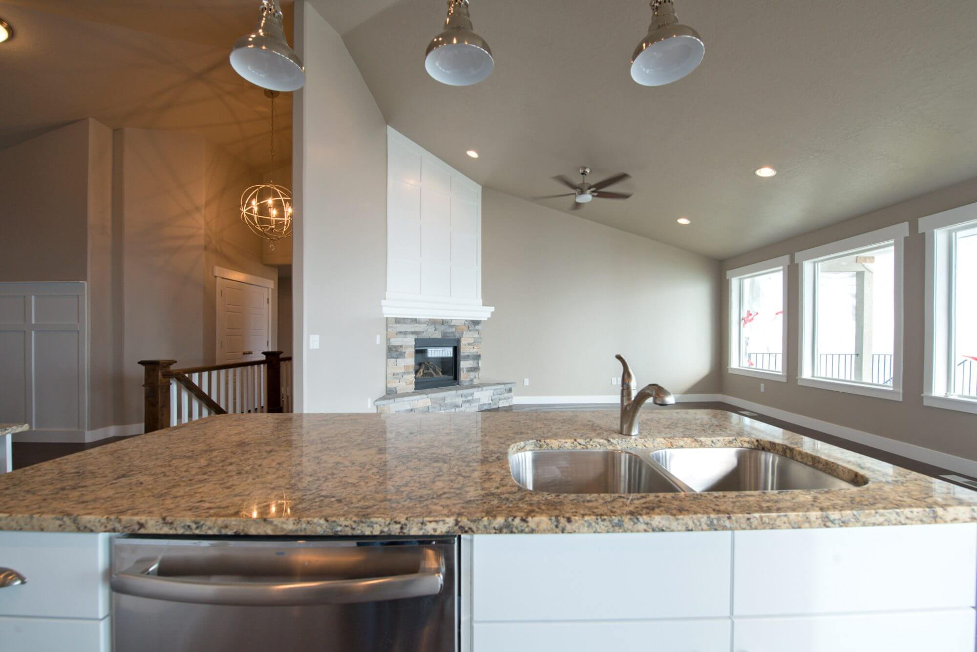 3008_fox_point_dr_MLS_HID871818_ROOMkitchen