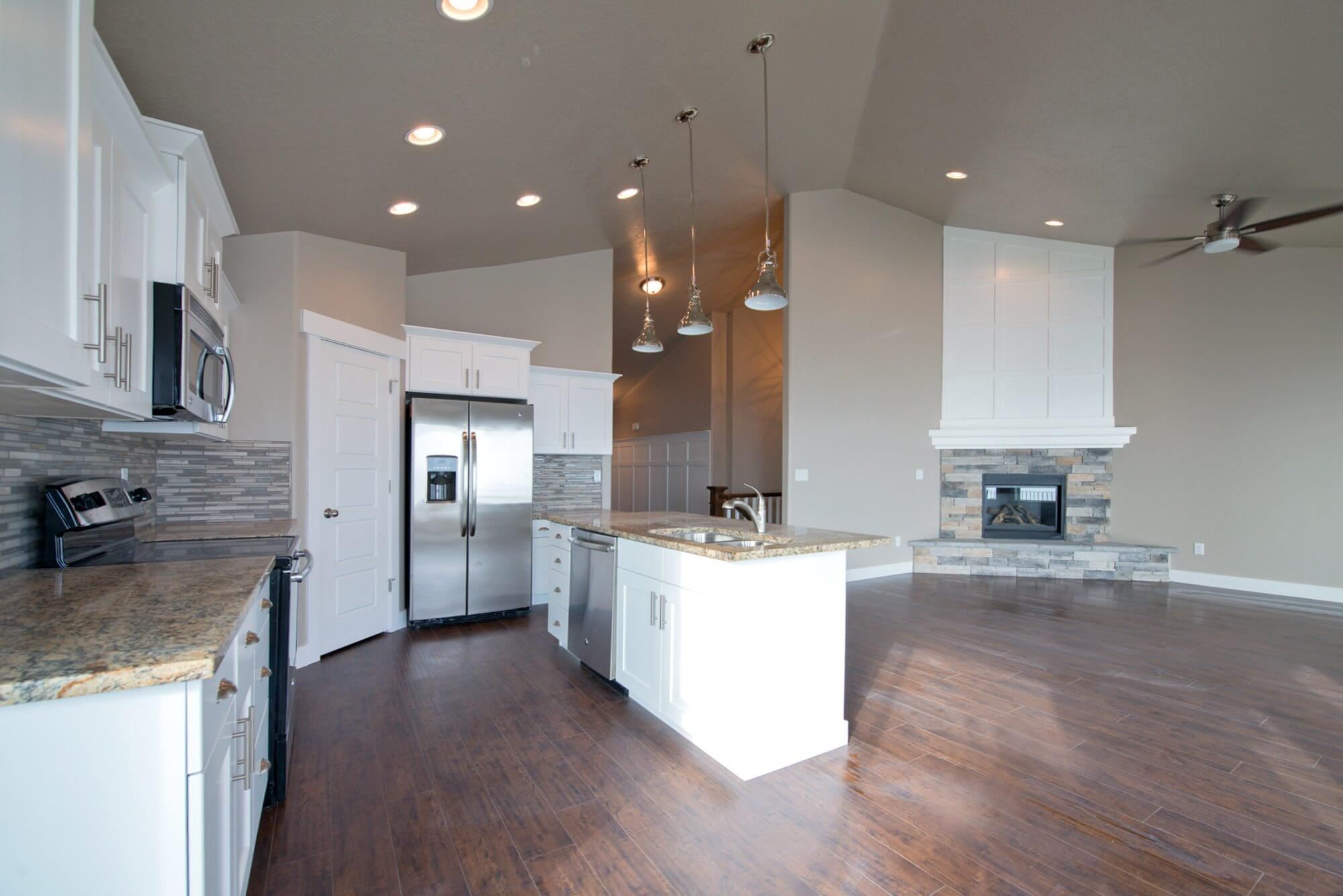 3008_fox_point_dr_MLS_HID871818_ROOMkitchenfamilyroom