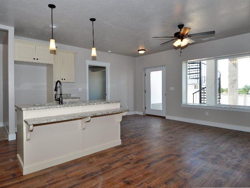 4 downstairs kitchen1-min