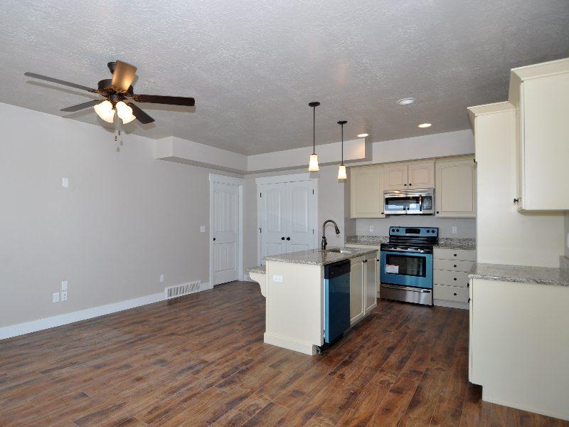 4 downstairs kitchen2-min