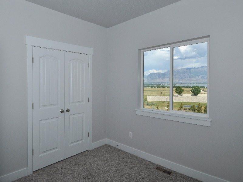 7 bedroom3-min