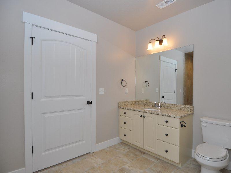 8 downstairs bath1-min