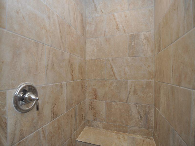 8 downstairs bath3-min