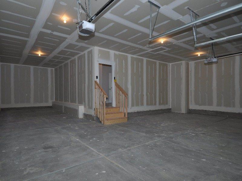 9 garage1-min